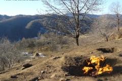 Focul Viu Lopatari ©pensiunealaculmocearu.ro